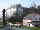 Usov_Castle_Czechjpg.jpg