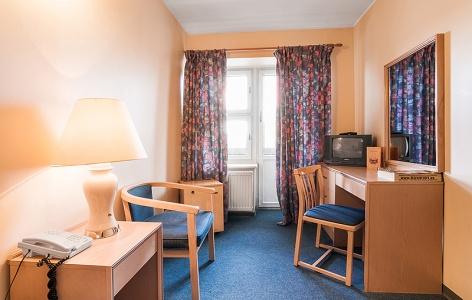 ru-room-single-standard_src_3-7d221712b8bbf840332f614f19e50640
